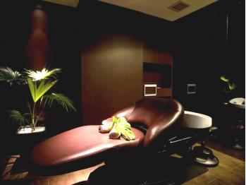 一度やったらやみつきになる個室でできるSTYLEの【眠れる炭酸ヘッドスパ】 炭酸の力で頭皮を健康に。上質な香りの癒し空間で身体も心もリラックスできます♪