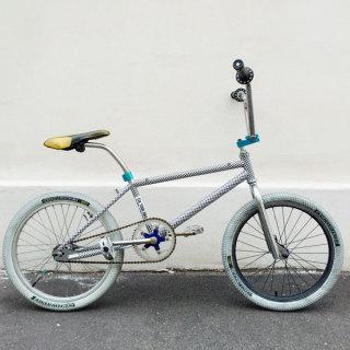 バイク、自転車でもご来店☆駐輪場