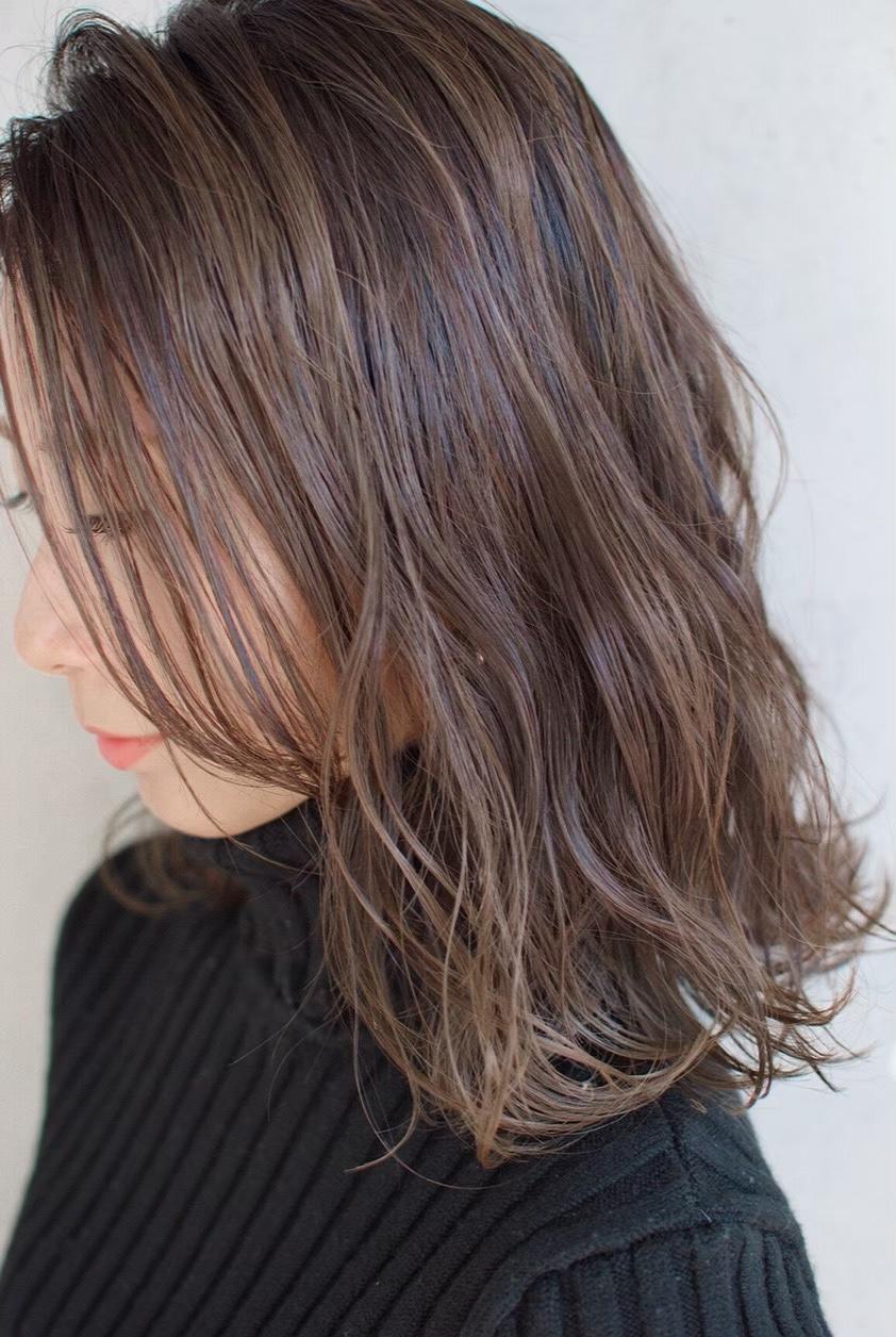【枝毛・切れ毛を94%削減!FIBERPLAXカラー】30代からのハイライトカラーで白髪染めも明るくお洒落に♪